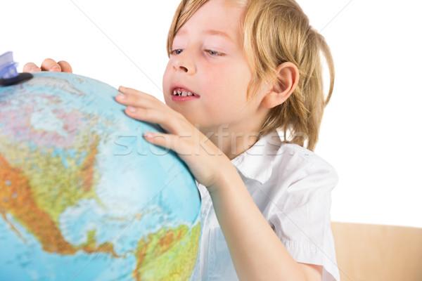 Estudante aprendizagem geografia globo branco papel Foto stock © wavebreak_media