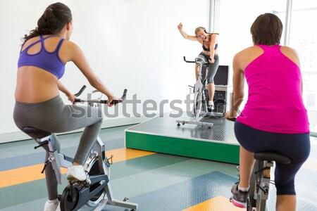 Girar clase motivacional instructor gimnasio Foto stock © wavebreak_media