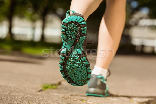 Nő futócipők jogging út napos idő test Stock fotó © wavebreak_media