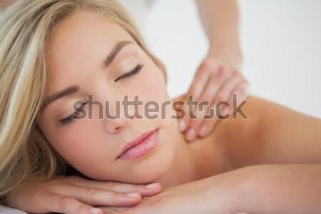 ストックフォト: 魅力のある女性 · 頭 · マッサージ · スパ · センター · 側面図