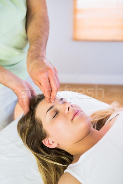 Nyugodt terhes nő élvezi fej masszázs stúdió Stock fotó © wavebreak_media