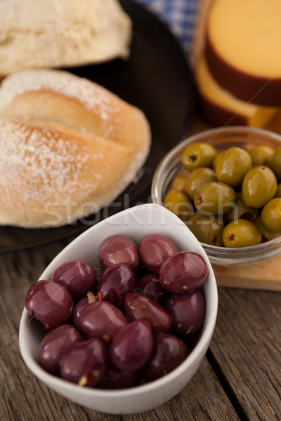 Ver azeitonas pão tabela Foto stock © wavebreak_media