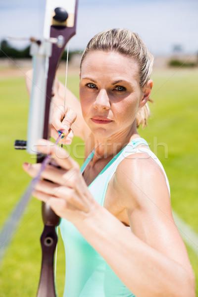 女性 選手 アーチェリー スタジアム 女性 ストックフォト © wavebreak_media