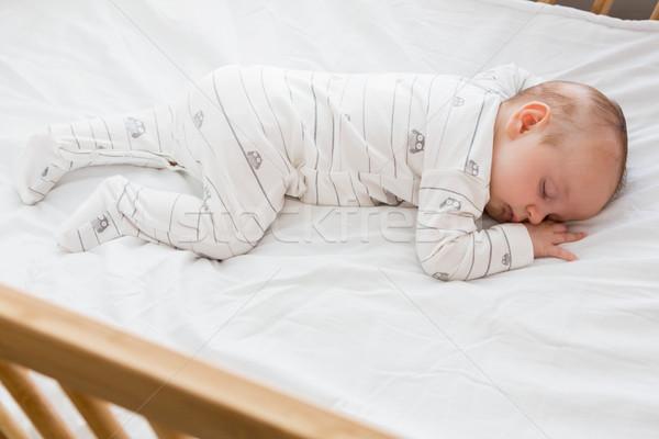 ребенка мальчика спальный колыбель домой девушки Сток-фото © wavebreak_media