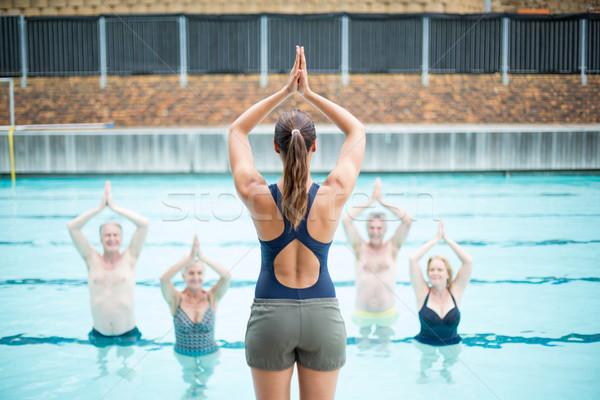 вид сзади женщины йога инструктор старший женщину Сток-фото © wavebreak_media