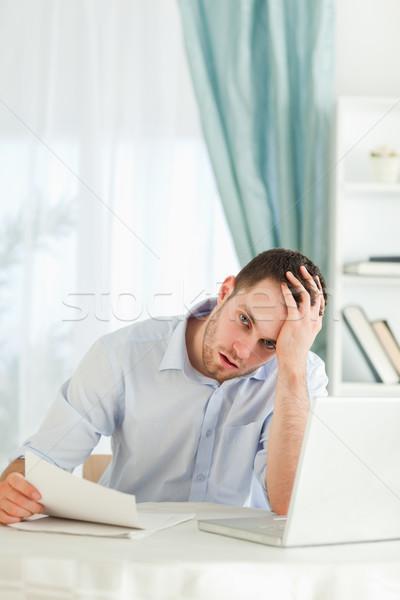 молодые бизнесмен Плохие новости почты компьютер служба Сток-фото © wavebreak_media