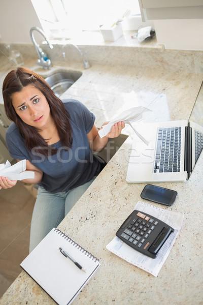 Mulher sentimento financeiro pressão cozinha casa Foto stock © wavebreak_media