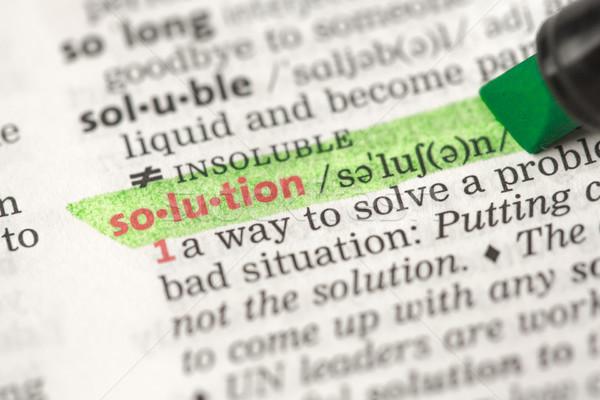 Foto d'archivio: Definizione · soluzione · dizionario · business · verde · nero