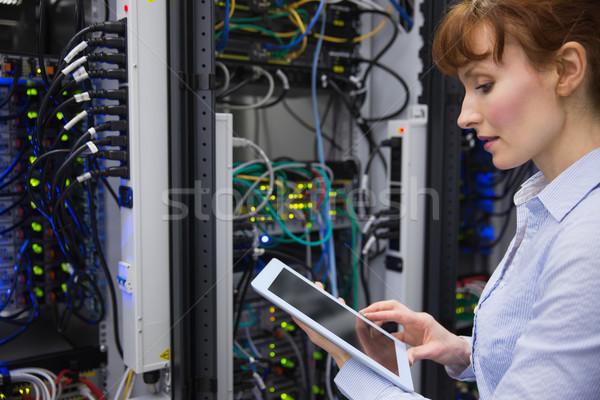 техник сервер большой центр обработки данных женщину Сток-фото © wavebreak_media