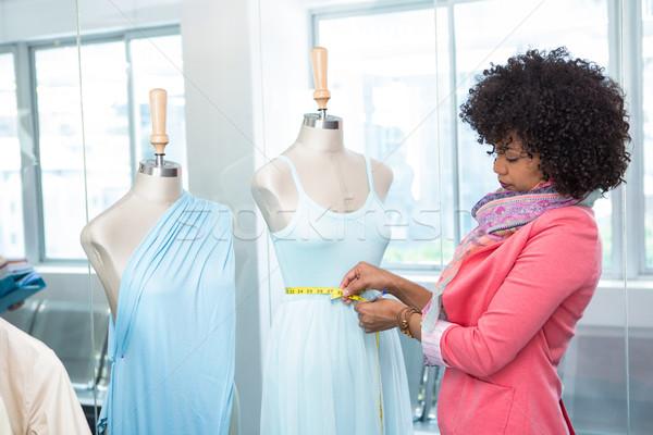 женщины моде дизайнера работу вид сбоку Привлекательная женщина Сток-фото © wavebreak_media
