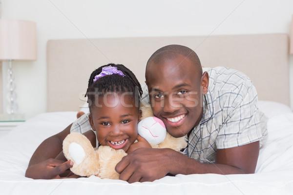 Mooie meisje vader bed home slaapkamer Stockfoto © wavebreak_media