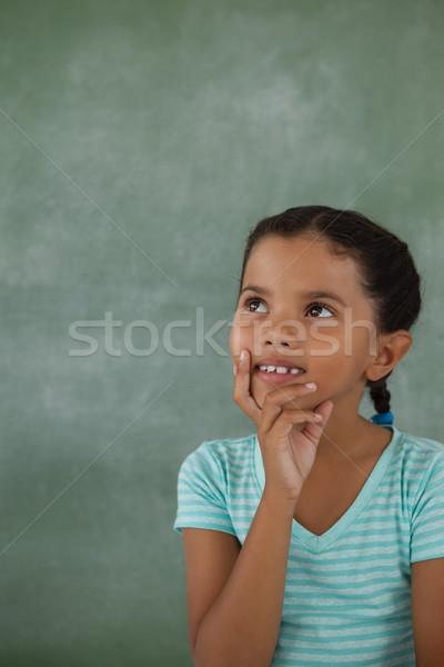 Jeune fille craie bord enfant éducation Photo stock © wavebreak_media
