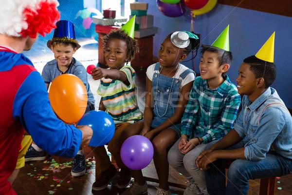 Clown gry dzieci urodziny strony miłości Zdjęcia stock © wavebreak_media