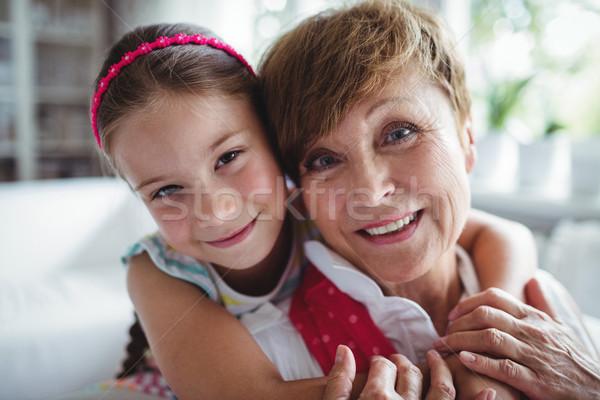 Portret wnuczka babcia domu kobieta Zdjęcia stock © wavebreak_media