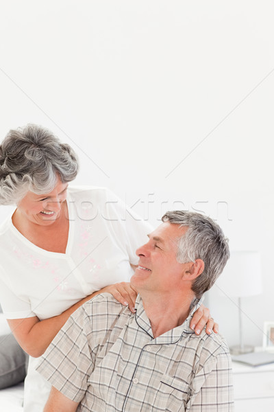 Retraite femme massage mari maison maison Photo stock © wavebreak_media