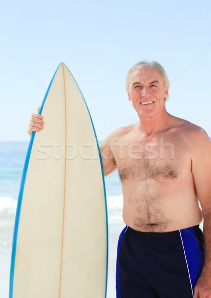 Emeryturę człowiek deska surfingowa plaży uśmiech sportu Zdjęcia stock © wavebreak_media
