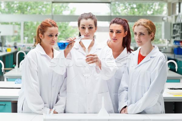 Bilim Öğrenciler sıvı laboratuvar Stok fotoğraf © wavebreak_media
