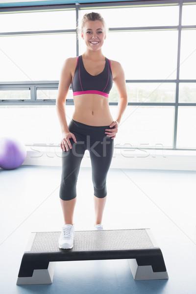 Szczęśliwy aerobik klasy siłowni zdrowia Zdjęcia stock © wavebreak_media