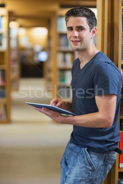 Adam duvar kütüphane Stok fotoğraf © wavebreak_media