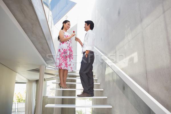 человека предлагающий красную розу подруга лестницы дома Сток-фото © wavebreak_media