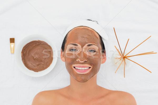 Uśmiechnięty brunetka błoto leczenie kobieta Zdjęcia stock © wavebreak_media