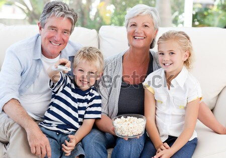 Glimlachend familie christmas tafel home Stockfoto © wavebreak_media