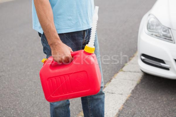 Man benzine gebroken beneden auto straat Stockfoto © wavebreak_media