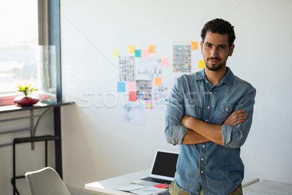 肖像 ビジネスマン オフィス 小さな 立って 壁 ストックフォト © wavebreak_media