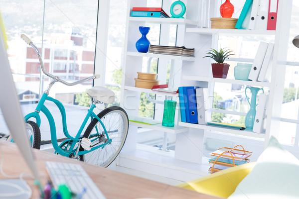 コンピュータ デスク 自転車 シェルフ オフィス コーヒー ストックフォト © wavebreak_media