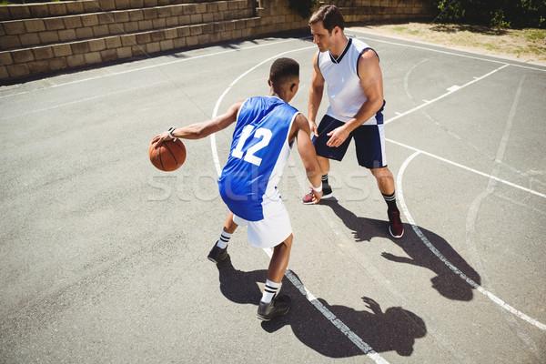 Basketbal spelers spelen rechter Stockfoto © wavebreak_media