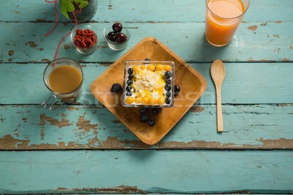 śniadanie taca szkła soku herbaty drewniany stół Zdjęcia stock © wavebreak_media