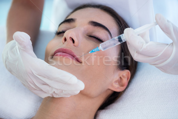 Mulher injeção de botox estância termal hotel trabalho seringa Foto stock © wavebreak_media