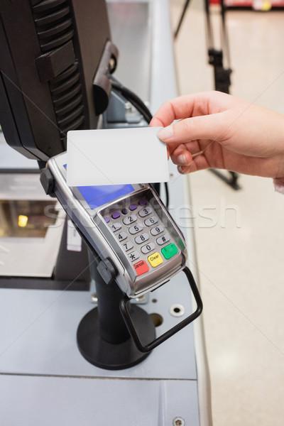 Betaling creditcard vrouw winkelen scherm Stockfoto © wavebreak_media