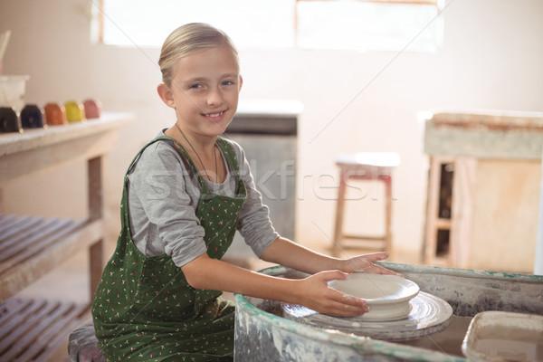 Portre mutlu kız pot çanak çömlek atölye Stok fotoğraf © wavebreak_media