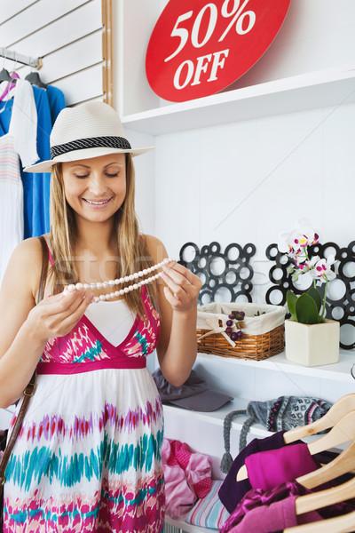 明るい 若い女性 ネックレス ショップ ファッション ストックフォト © wavebreak_media