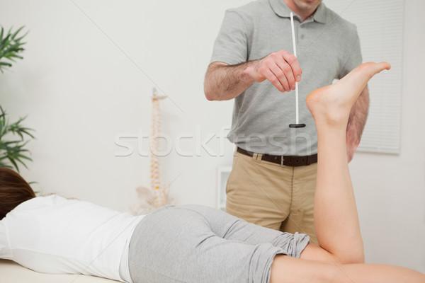 Ernstig arts reflex hamer patiënt medische Stockfoto © wavebreak_media