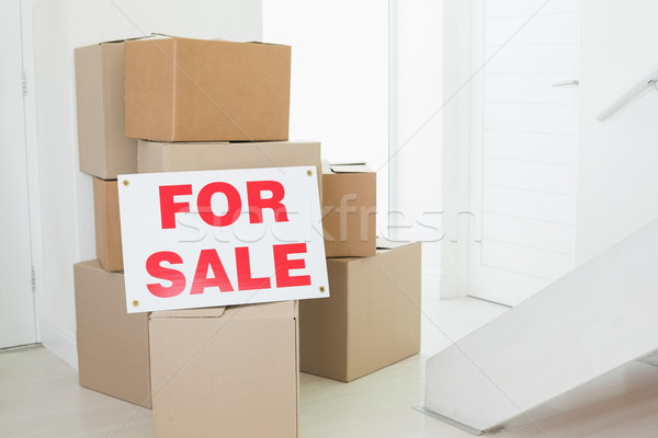 For sale sign with many cardboard boxes Stock photo © wavebreak_media