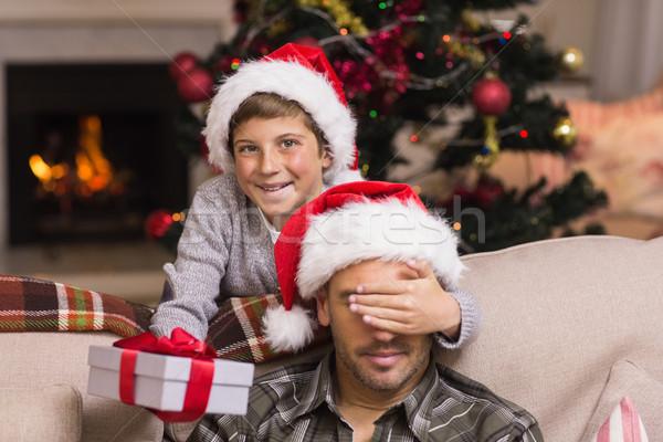 Oğul şaşırtıcı baba Noel hediye ev Stok fotoğraf © wavebreak_media