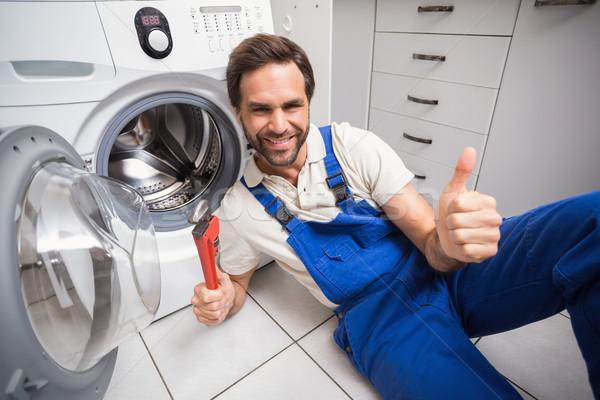 Tuttofare lavatrice cucina uomo lavoro Foto d'archivio © wavebreak_media