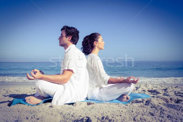 Boldog pár jóga vmi mellett víz tengerpart Stock fotó © wavebreak_media