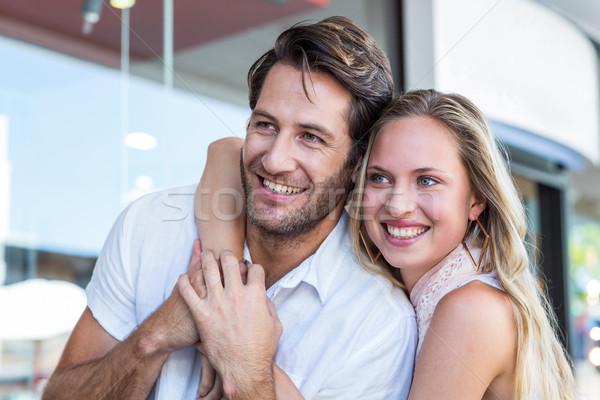 Glimlachende vrouw arm rond vriendje man Stockfoto © wavebreak_media