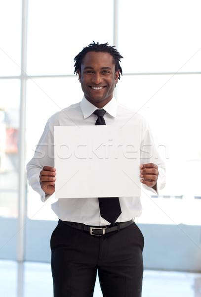 Foto stock: Sonriendo · empresario · blanco · tarjeta · oficina