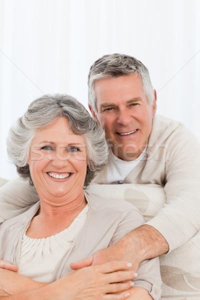 érett pár néz kamera otthon nő Stock fotó © wavebreak_media