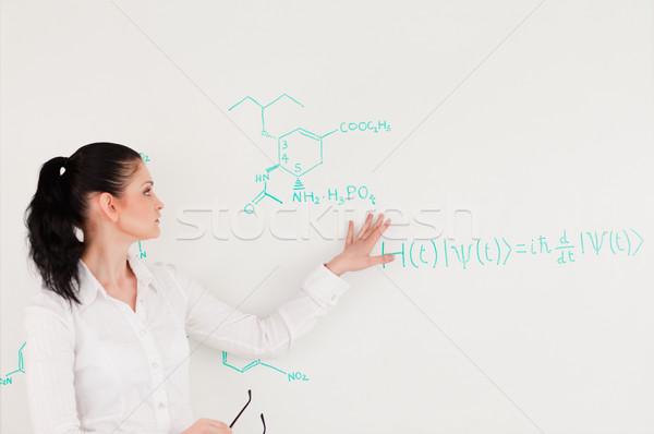Tudós magyaráz képlet írott fehér tábla diákok Stock fotó © wavebreak_media
