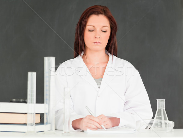 Komoly tudós jegyzetel osztályterem nő könyv Stock fotó © wavebreak_media