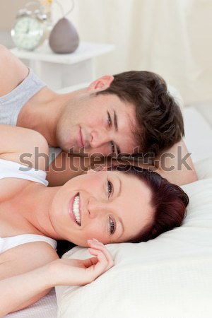 Hombre consolador dormitorio casa cara casa Foto stock © wavebreak_media