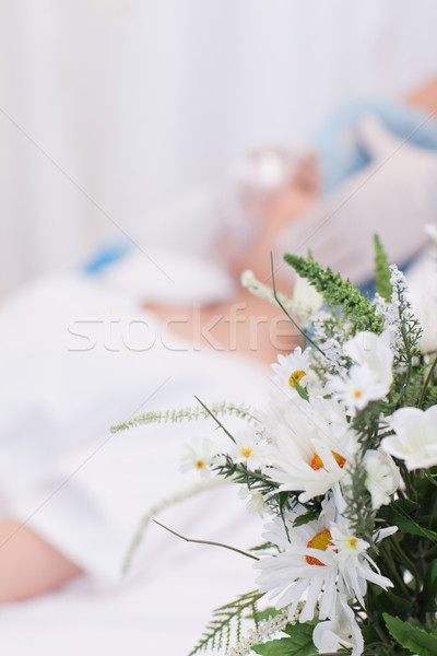 Bella fiori donna chirurgia salute letto Foto d'archivio © wavebreak_media