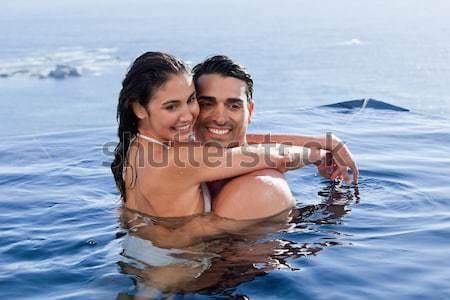 Foto stock: Pareja · sesión · piscina · borde · paisaje · agua