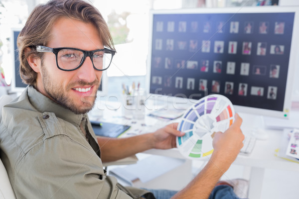 фото редактор глядя цвета колесо улыбка Сток-фото © wavebreak_media