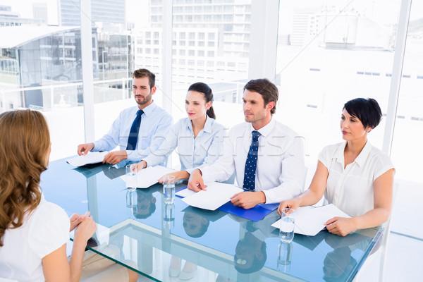 Kandydat rozmowa kwalifikacyjna biuro spotkanie garnitur biurko Zdjęcia stock © wavebreak_media